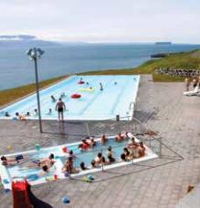 skagafjordur_swimming